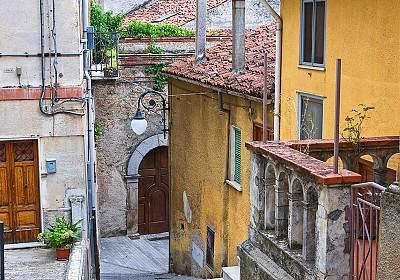 Village de Moliterno en Italie